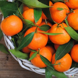 Fruit & Veg Specials - Mandarins with leaves